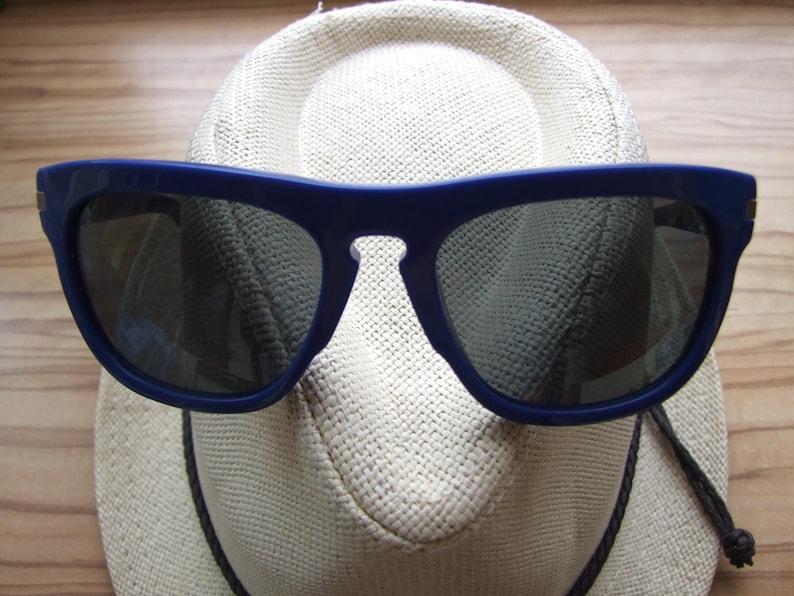 1fcb333593ad Designer LOUIS VUITTON Possession Sunglasses Z0563W blue