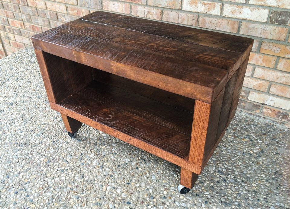Astounding Rustic Reclaimed Barn Wood Tv Stand Solid Oak W 8 Wooden Caster Legs Download Free Architecture Designs Grimeyleaguecom