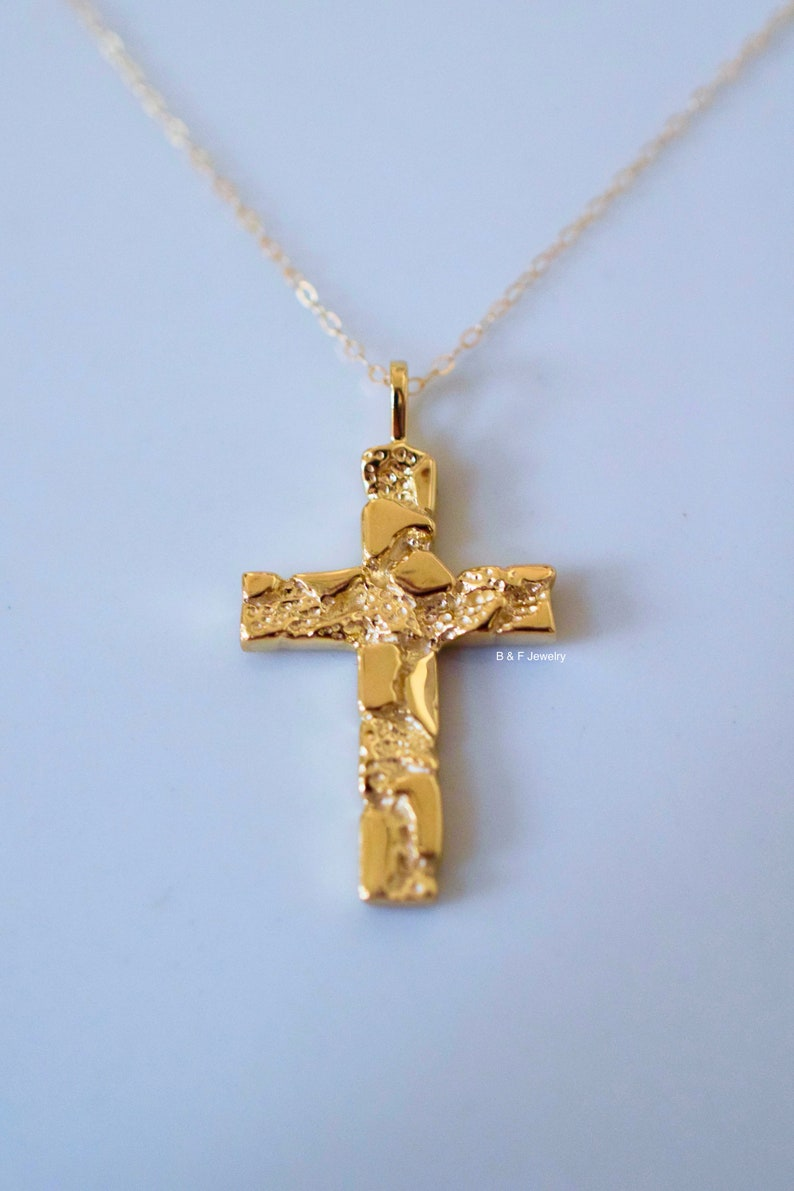 4491923c3c34d 14K Gold Nugget Cross Necklace