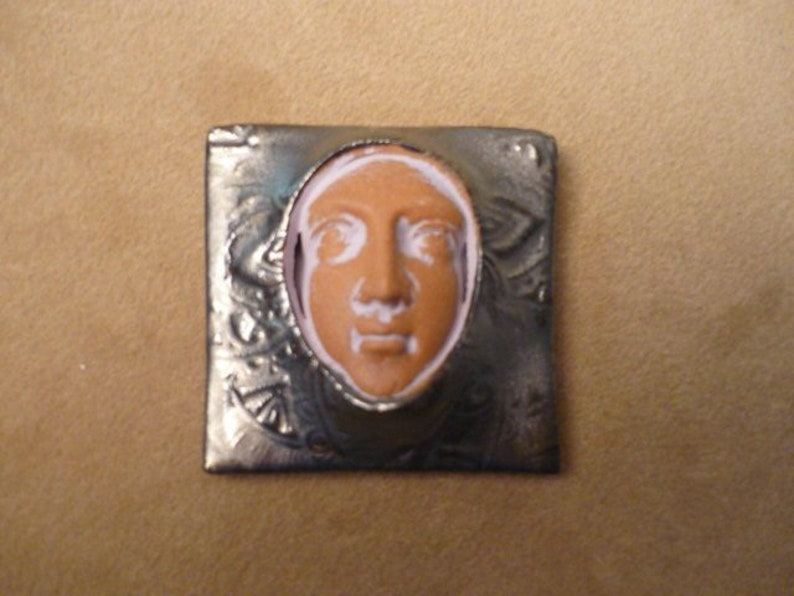 Boxed face protection goddess priestess beading change altar image 0