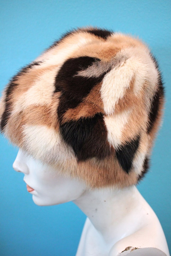 60's Hat    60's Patchwork Fur Cloche Hat - image 4