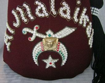 Vintage Shriners Fez Hat - Masonic Fraternity Hat - Shriner Medallion and  Tassel - Al Malaikh b8ef3e3bce39