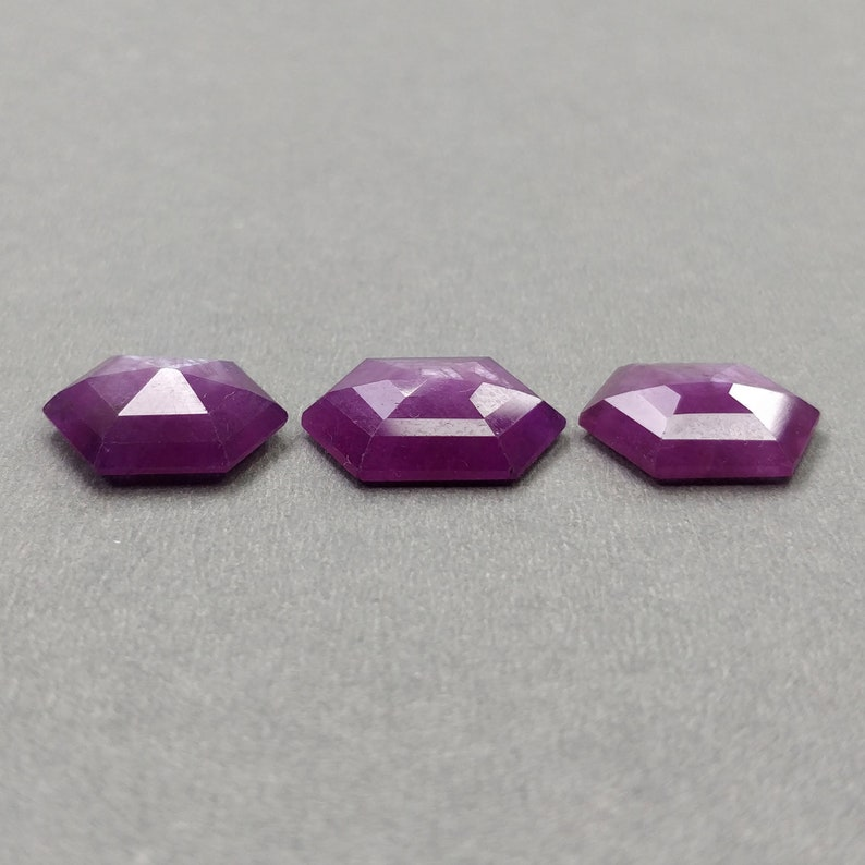Raspberry SAPPHIRE Gemstone Step Cut 17.5*13.5mm 3pcs 27.90cts Natural Untreated Pink Sheen Sapphire Hexagon Shape 16*13mm With Video