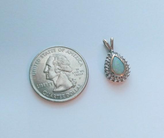 14 K Gold Opal Pendant 2 Grams - image 8