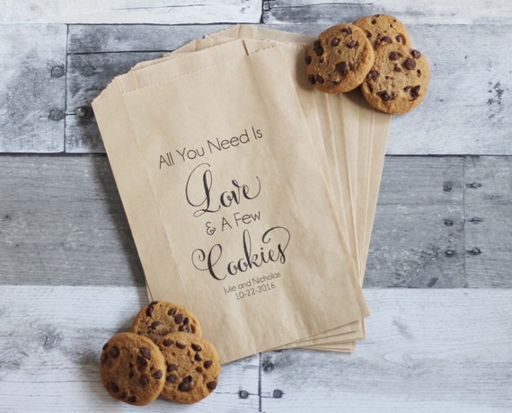 A Sweet Favor for a Sweet Gesture–Cookie Wedding Favors   Wedding ...