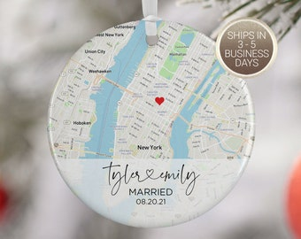 Wedding Ornament Gift, Map Ornament, Wedding Map, Personalized Wedding Gift for Couple, Wedding Ornament, Christmas Gift