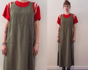 vintage 90's sleeveless army green tunic dress // scoop neck empire waist side pockets // minimalist grunge slouchy