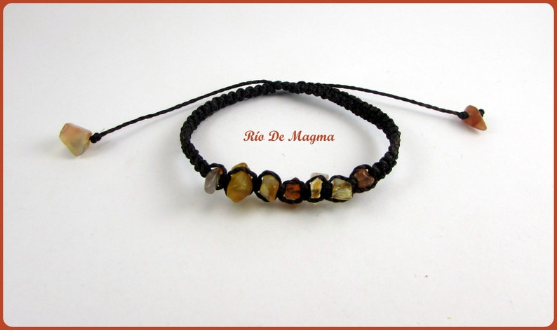Friendship bracelet with orange agate or red agate in macrame Energy cleaner Brown and carnelian Bracelet with chip stone Square knot