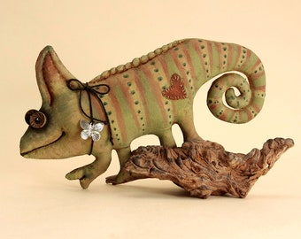 Primitive Chameleon Primitive doll Textile animals Reptiles Gift to the biologist Figurine of the Chameleon in the collection Lizard