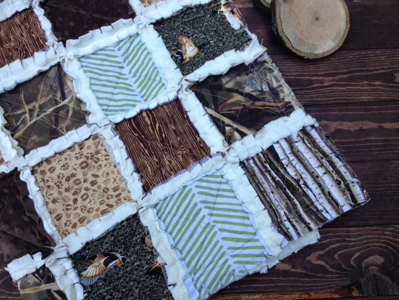 Camo baby bedding DUCK HUNT\u2013 Feature Collections: Real Tree Duck Camo /& Max 4 Advantage Camo Hunting blanket woodgrain Baby Rag Quilt