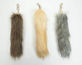 Imitation Faux Fox Tail Keychain: Natural Colors (42-23-AS)