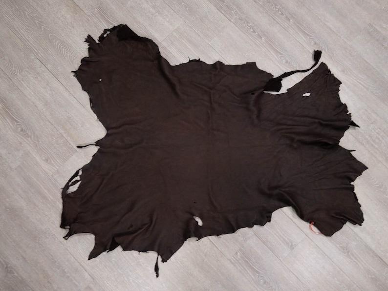 40-GAR-MB-G2266 Garment Deerskin Leather Medium Brown 12.5 sq ft
