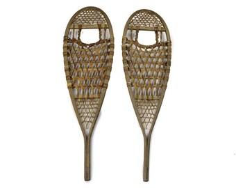 Antiqued Snowshoes (543-1448)