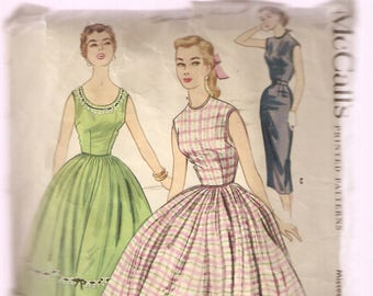 VINTAGE McCall's Sewing Pattern - Women's Clothes - Junior Dress, Size 11