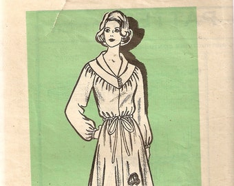 VINTAGE Printed Pattern Sewing Pattern 9117 - Women's Clothes - Misses Dress, Size 12
