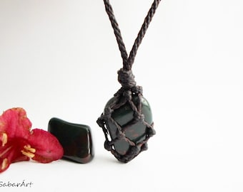 Bloodstone pendant, man's necklace, gift for him, Blood stone pendant, Bloodstone jewelry, bloodstone, chakra jewelry, men's necklace, green