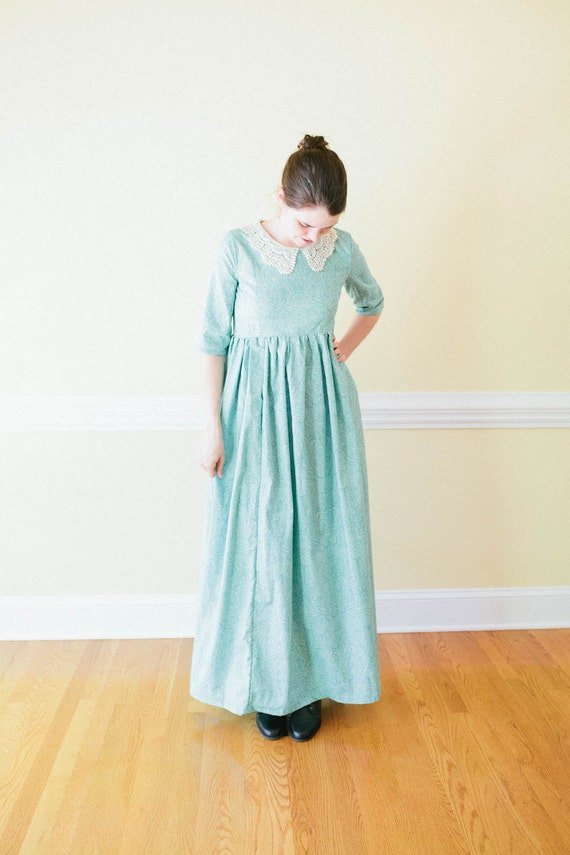 1900 Edwardian Dresses, Tea Party Dresses, White Lace Dresses Lace collar High Waist Dress - Empire waist Dress - pride and prejudice Made to Measure prairie Dress - regency Mennonite reenactment dr $95.00 AT vintagedancer.com