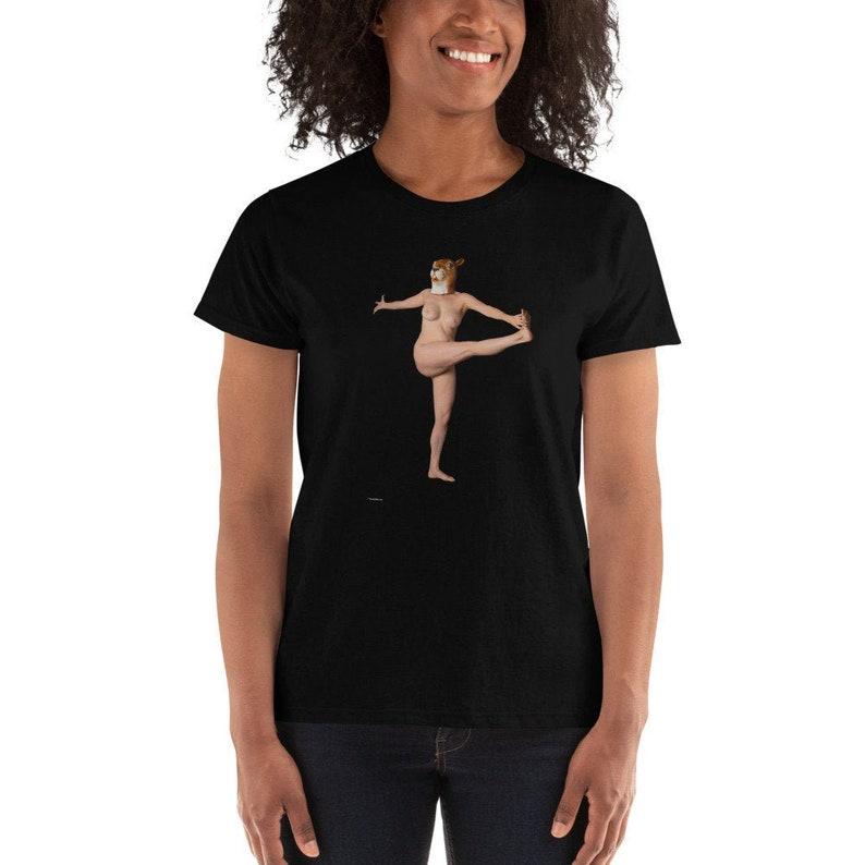 Squirrel Yoga Pose Ladies' T-shirt image 0