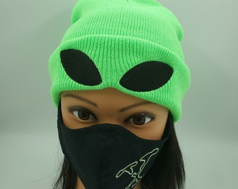 Neon Green Alien Beanie, Kawaii Fashion, Sci-fi Hat, Science Fiction Knitted Cap, Warm and Comfortable Extraterrestrial Skull Cap