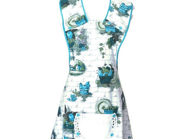 Vintage Fabric Old-Fashioned Apron in Turquoise Kitchen Print / Turquoise Apron for Woman / Women's Apron Size M to L