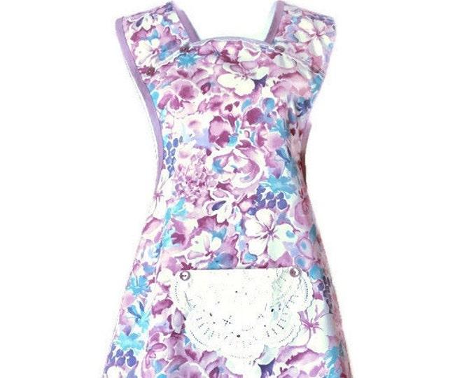 Mauve Floral Old-Fashioned Apron / Apron for Women Sizes L-XL