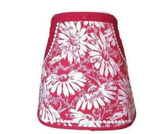 Red and White Daisy Vintage Fabric Half Apron / Red Half Apron for Women Size XS-M