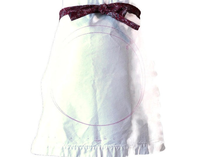 Cloth Pastry Frame Half Apron / Upcycled Apron from Vintage Foley Pastry Mat