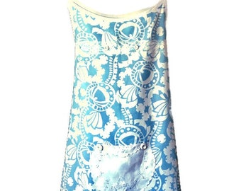 Light Blue and White Geometric Print Plus Size Apron For Woman Fits Sizes 1X, 2X or 3X