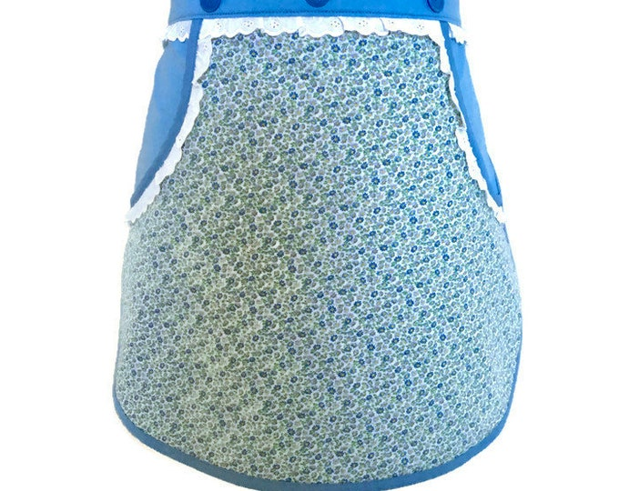 Half Apron in Blue with Vintage Floral Fabric / Vendor Aprons / Server Apron / Teen Apron / Size XS to M
