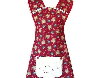 Hen and Chicks Old-Fashioned Apron for Woman Fits Sizes M or L