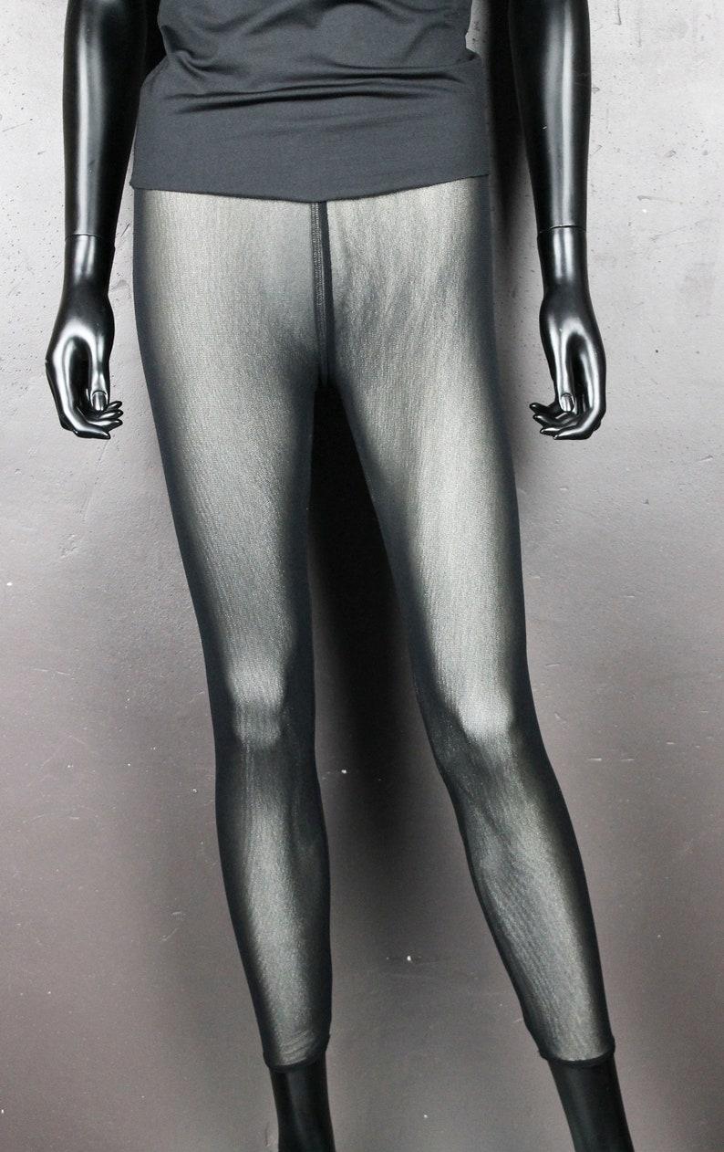 Woman Pearl White stretch lycra jersey ankle length leggings shiny black hairnet T.M