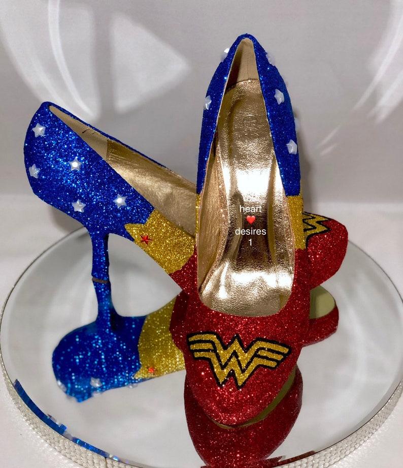 35b4ea966c61 Chiedo donne scarpe fumetti marvel cosplay del partito di