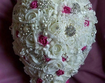 Brooch teardrop bouquet, available most colours