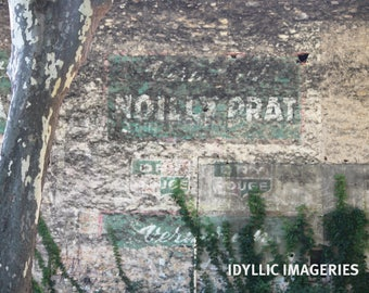 French old wall advertising