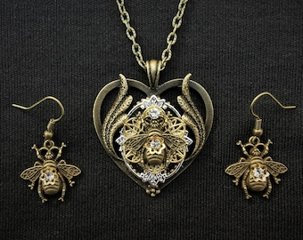 Beautiful heart-shaped silver, bronze and gold Queen Bee Pendant Necklace with matching queen bee earrings - Steampunk jewellery set