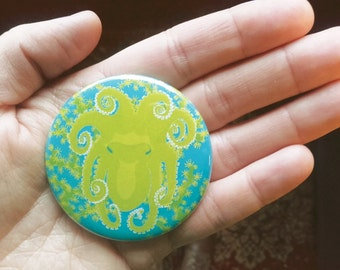 Octopus pocket mirror