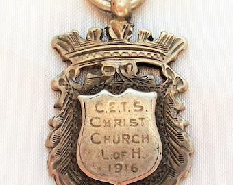 N ancien anglais fait à la main en argent Sterling montre gousset pendentif  médaille 1916 - Birmingham - 9,3 grammes - aucuns problèmes de condition  mais ... 06c3d865930