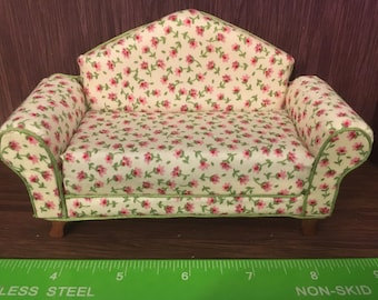 1/12th. 1:12 scale Dolls House. Sofa Settee Couch  Handmade by Pan  Miniatures.
