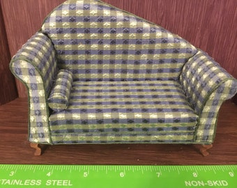 1/12th. 1:12 scale Dolls House. Sofa Settee Couch. Handmade