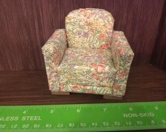 1/12th. 1:12 scale Dolls House. Armchair. Handmade Pan Miniatures