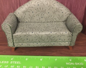 1/12th. 1:12 scale Dolls House. Sofa Settee Couch. . Handmade by Pan Miniatures