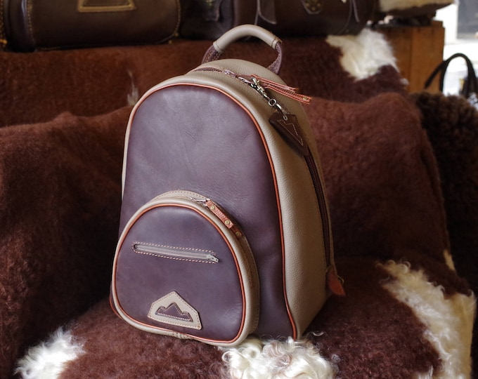 Backpack in brown leather and taupe, artisan, handmade, unique