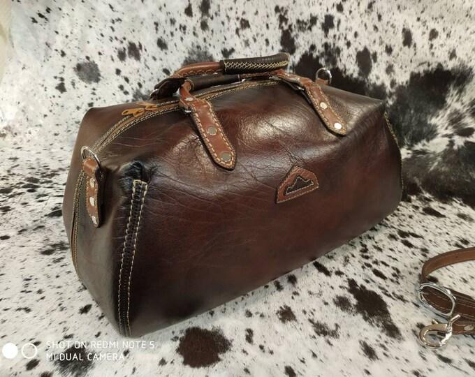 Dark brown leather, handcrafted France travel bag