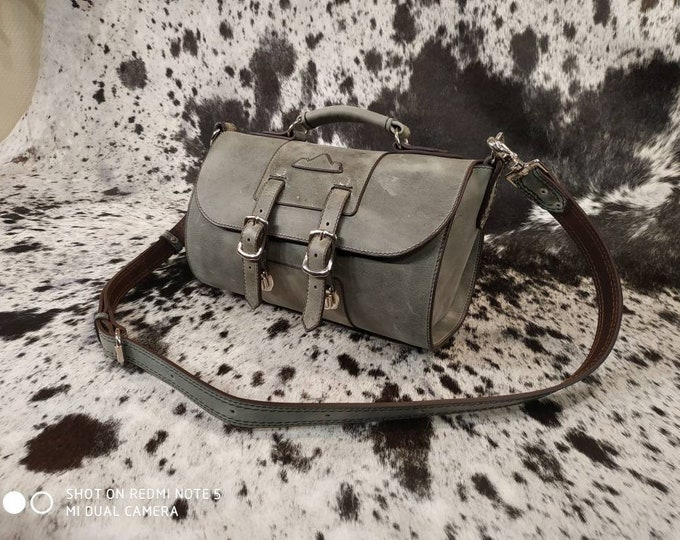 Handbag in blue grey leather made in France