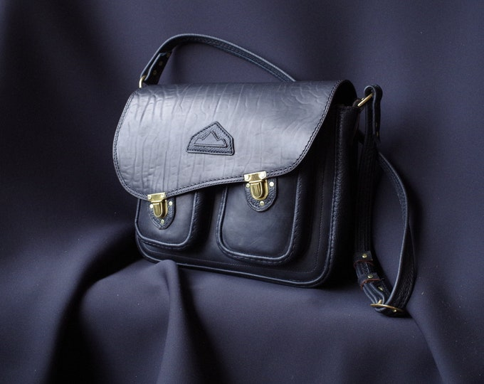 Bag Black saddle leather satchel bag