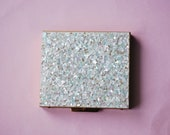 BEAUTIFUL Vintage Compact Glittering WIlardy Iridescent Lucite Confetti Powder Compact Never Used Vintage Vanity Makeup Collectable