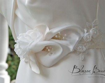 Ivory satin calla lily bridal belt;ivory bridal belt;ivory wedding sash