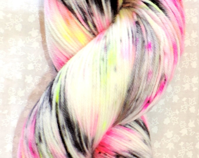 Sock Yarn, Hand Dyed, Superwash 75/25 Merino/Nylon. 100g, 462 Yards Speckled Fingering Weight, Crochet, Knit, Blue, Hot Pink, Black, Yellow