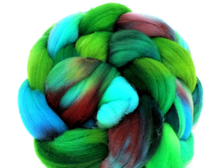 Hand Dyed, Merino Wool Roving, Braided Top, Spinning Wool, Felting Wool, 4oz, Hand Painted, Shades of Green and Blue Spinning, Weaving, Felt