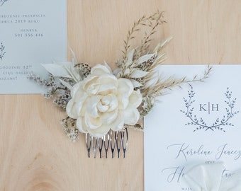 White flower bridal hair comb, wooden sola flower hairpiece, boho chic pampas grass wedding, neutrals dried flowers